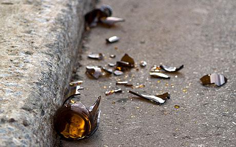 Broken-beer-bottle-0424209-lg